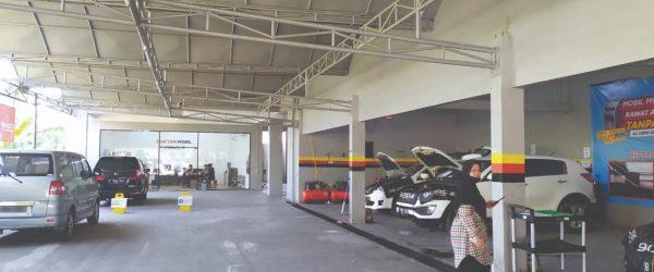 Penggunaan cat semprot bengkel anti karat Depok sangatlah penting, terlebih untuk kolong mobil. Namun pastinya tersedia dan